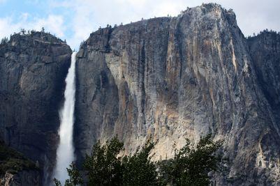 Yosemite amazing Falls